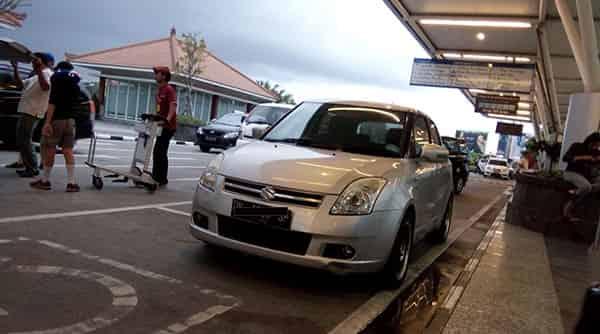 Bali car hire at Denpasar Airport